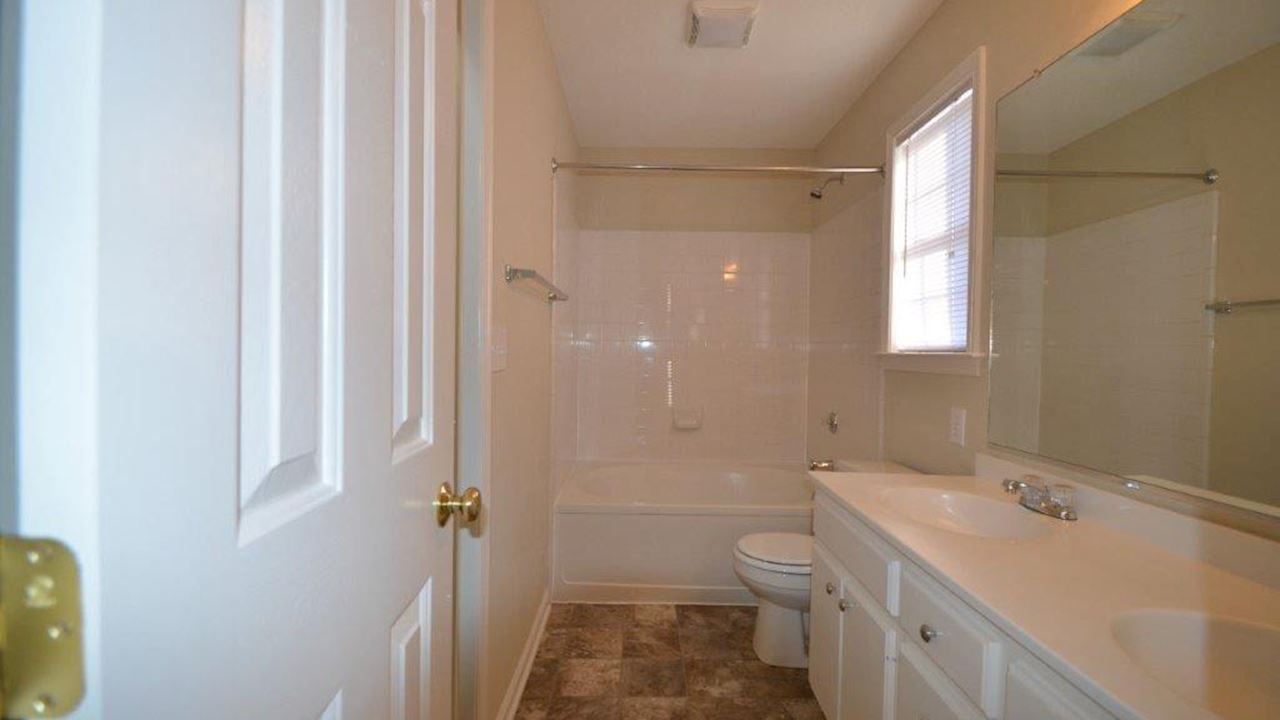 investment property - 4400 Tyndale Ct, Greensboro, NC 27406, Guilford - image 9