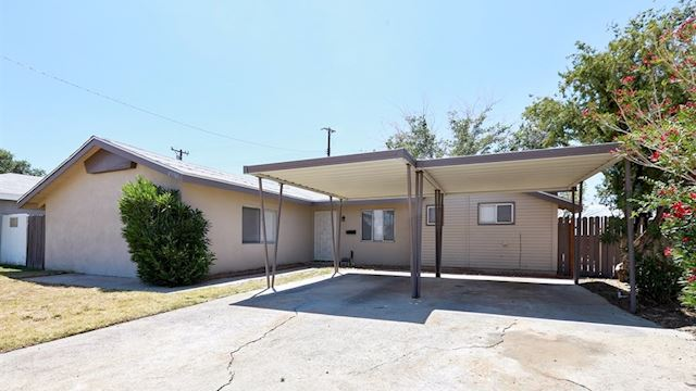 investment property - 45581 6th St E, Lancaster, CA 93535, Los Angeles - main image