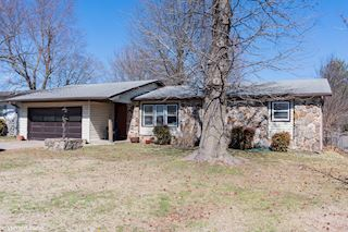 investment property - 2953 E Bergman St, Springfield, MO 65802, Greene - main image