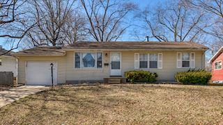 investment property - 90 Oakdale Ave, Saint Charles, MO 63301, Saint Charles - main image