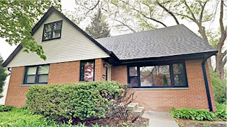 investment property - 824 W Montclaire Ave, Glendale, WI 53217, Milwaukee - main image
