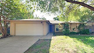 investment property - 705 Del Mar Ln, Arlington, TX 76012, Tarrant - main image