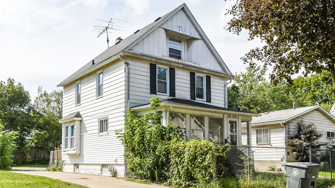 investment property - 880 Chalker St, Akron, OH 44310, Summit - image 2