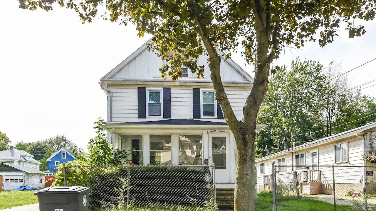 investment property - 880 Chalker St, Akron, OH 44310, Summit - image 0