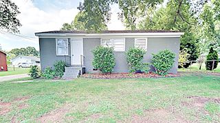 investment property - 8414 Moores Chapel Rd, Charlotte, NC 28214, Mecklenburg - main image