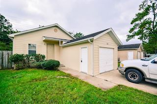investment property - 11818 Greensbrook Forest Dr, Houston, TX 77044, Harris - main image