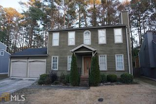 investment property - 572 Woodcrest Manor Dr, Stone Mountain, GA 30083, Dekalb - main image