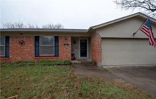 investment property - 624 Judith St, Burleson, TX 76028, Johnson - main image