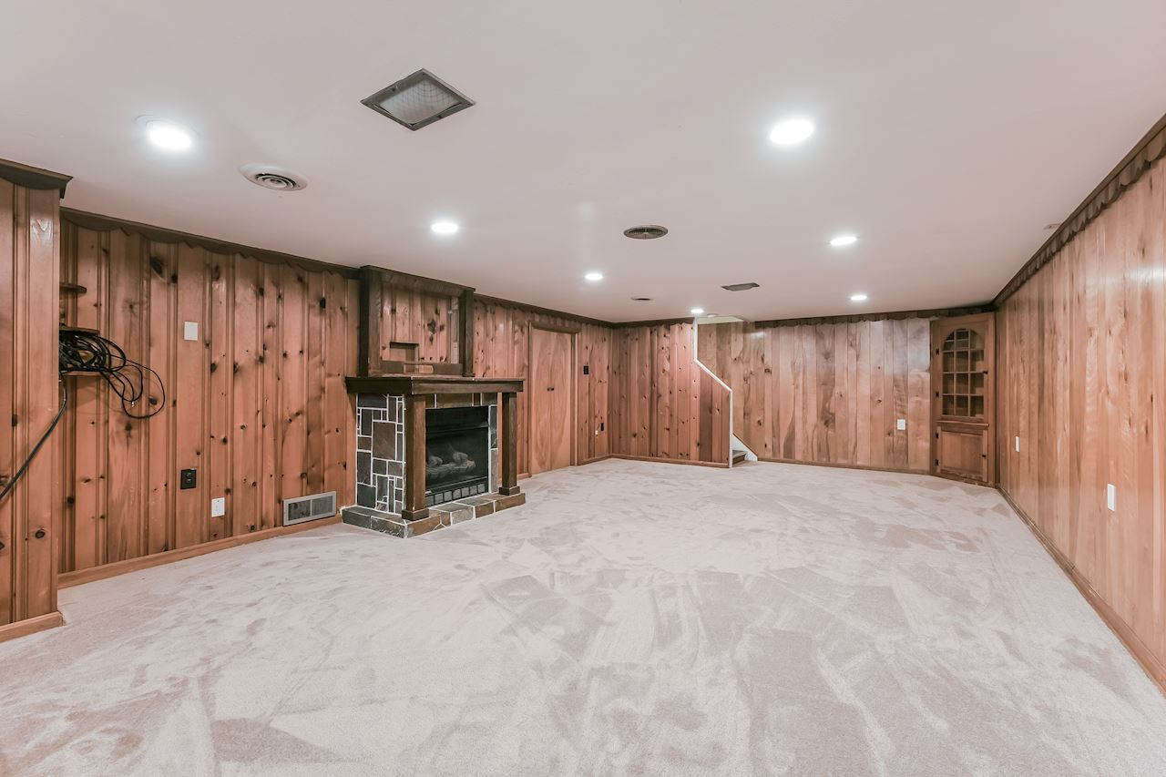 investment property - 415 Halle Dr, Euclid, OH 44132, Cuyahoga - image 11