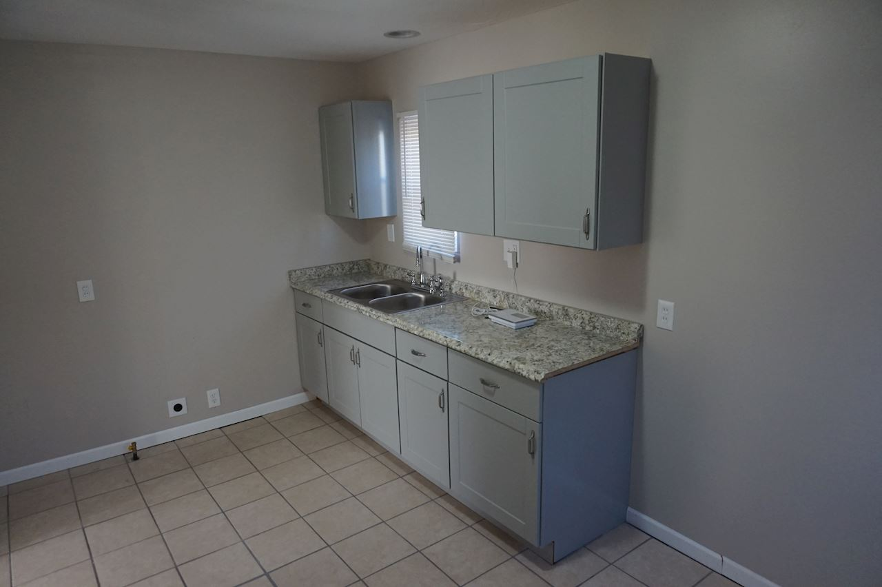 investment property - 26836 Yale St, Inkster, MI 48141, Wayne - image 3