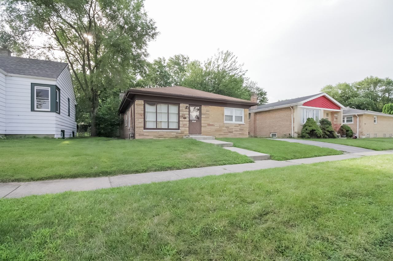investment property - 8837 S Talman Ave, Evergreen Park, IL 60805, Cook - image 3