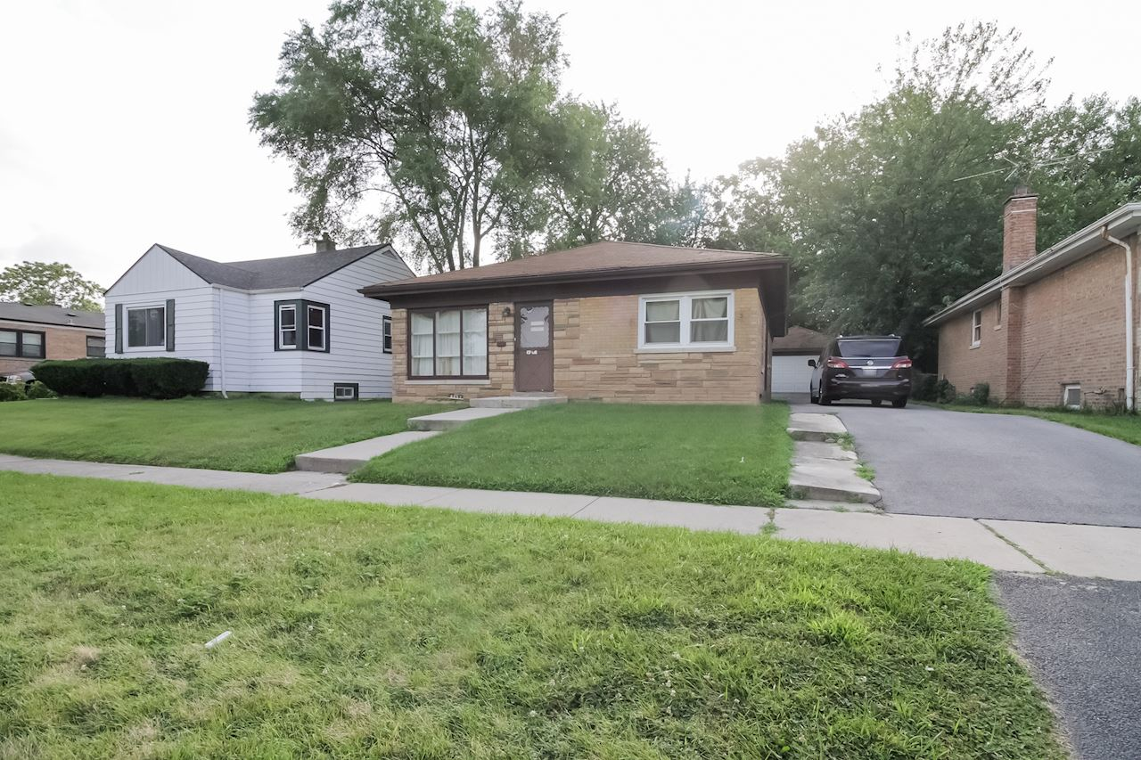 investment property - 8837 S Talman Ave, Evergreen Park, IL 60805, Cook - image 4