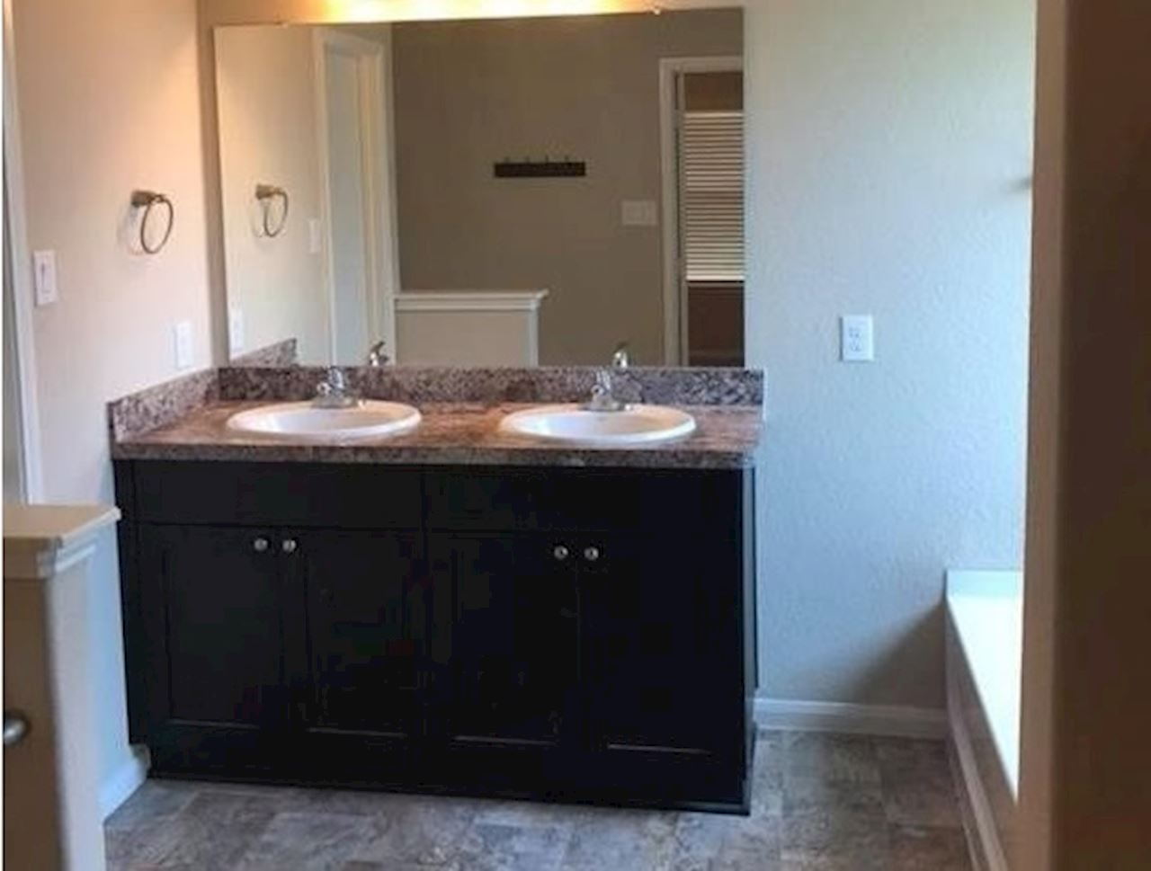investment property - 625 26th Ave N, Texas City, TX 77590, Galveston - image 8