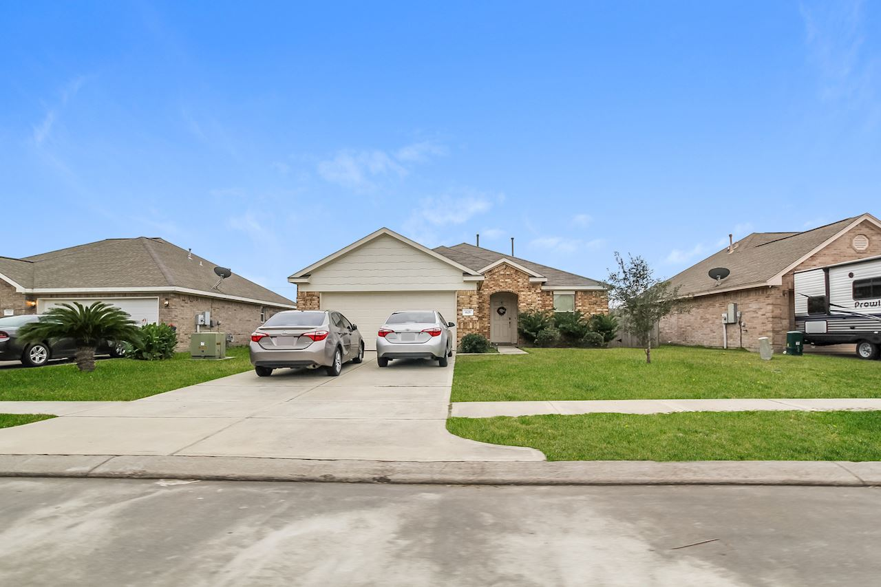 investment property - 625 26th Ave N, Texas City, TX 77590, Galveston - image 0