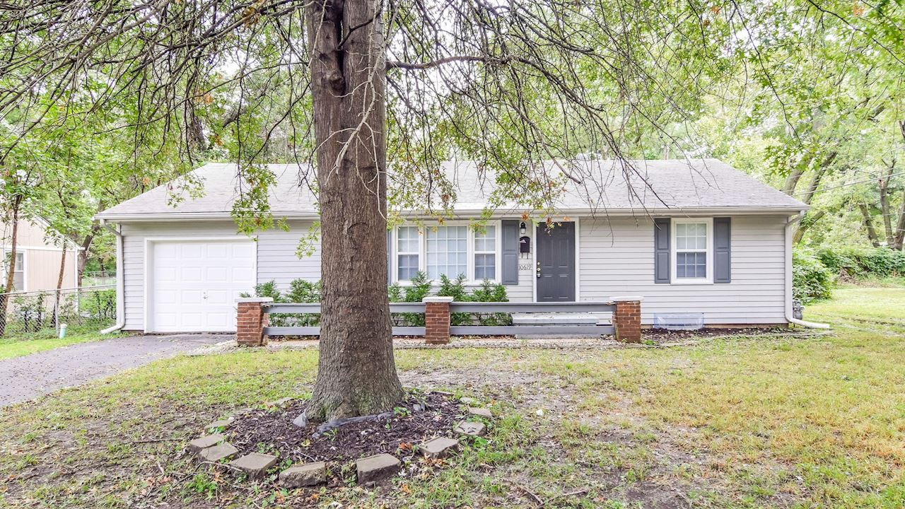 investment property - 10619 Palmer Ave, Kansas City, MO 64134, Jackson - image 4