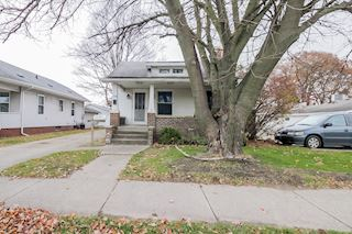 investment property - 2314 Lincolnway W, Mishawaka, IN 46544, St Joseph - main image
