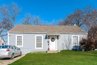 investment property - 822 Oak St, Grand Prairie, TX 75050, Dallas - main image