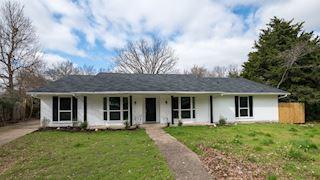 investment property - 909 Cove Mdw, Desoto, TX 75115, Dallas - main image