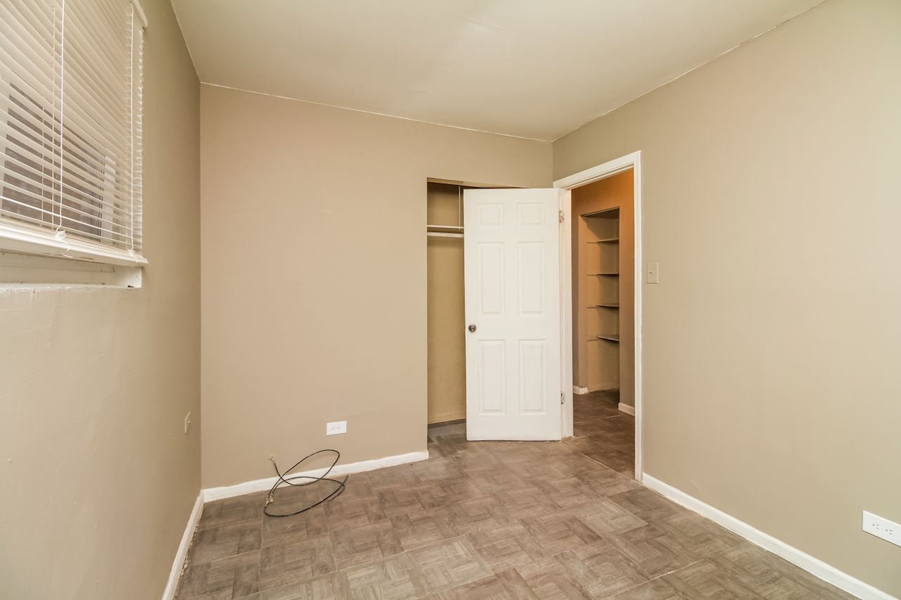 investment property - 11807 S Emerald Ave, Chicago, IL 60628, Cook - image 8