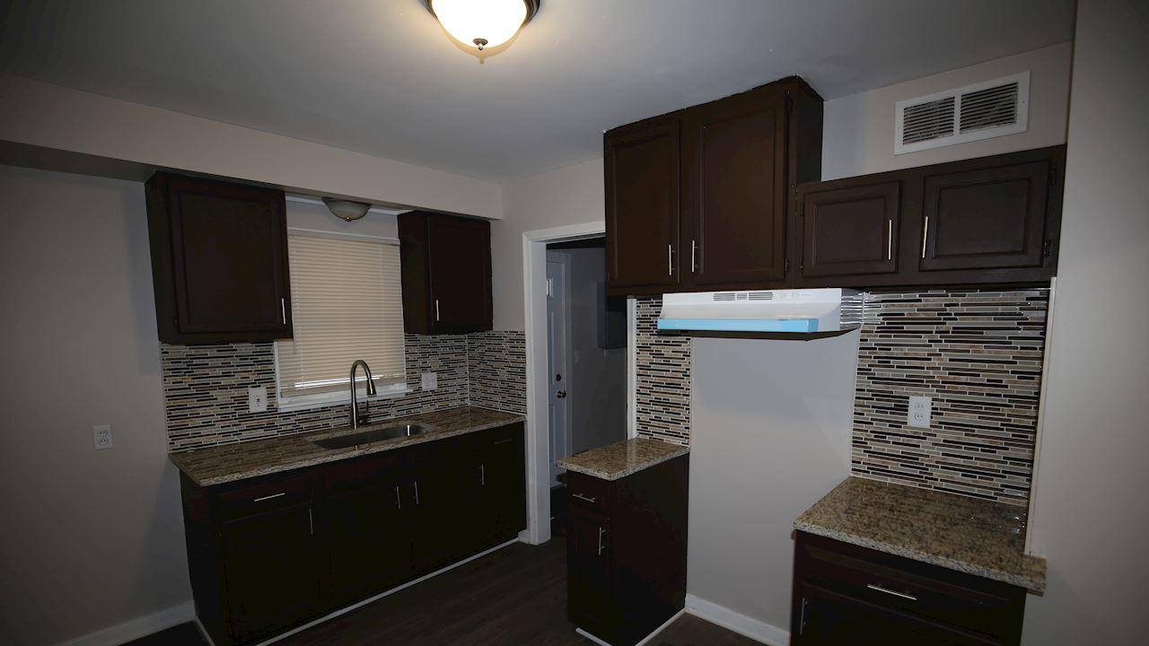 investment property - 9046 Louise St, Livonia, MI 48150, Wayne - image 3
