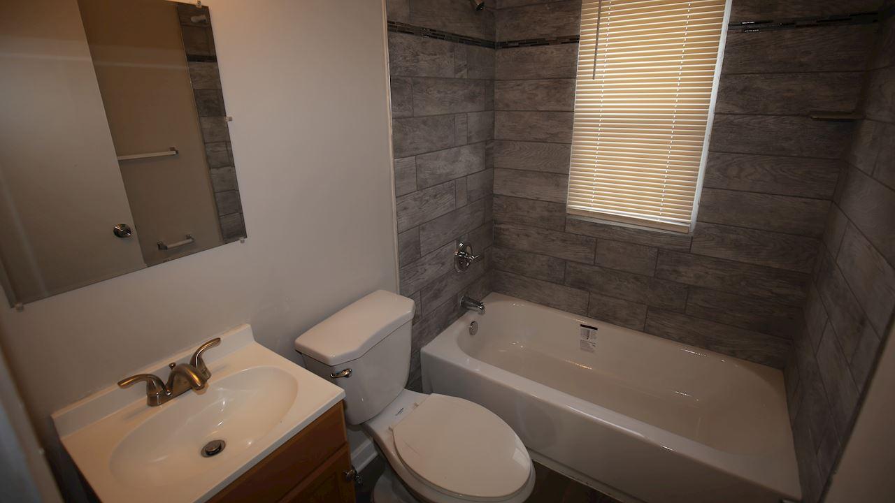 investment property - 9046 Louise St, Livonia, MI 48150, Wayne - image 10
