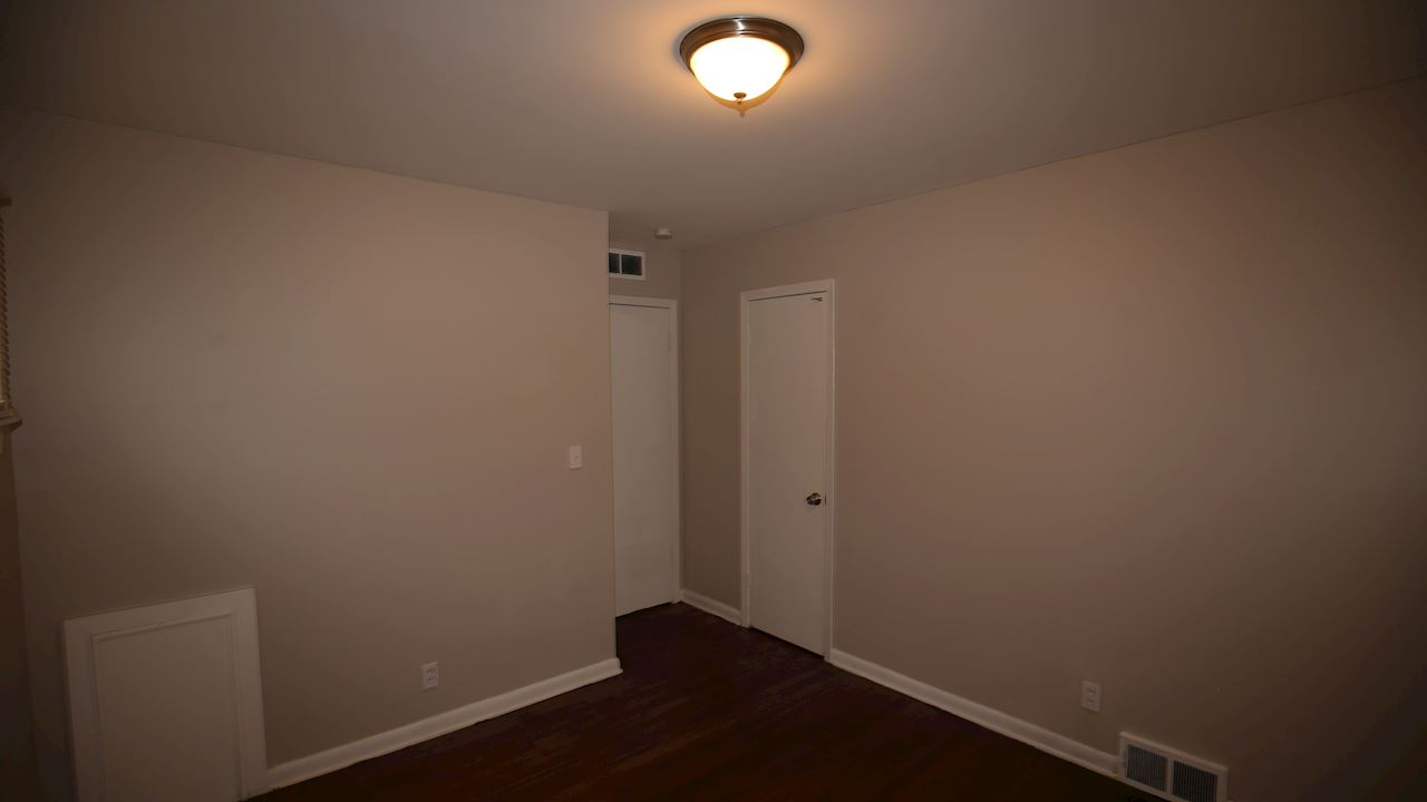 investment property - 9046 Louise St, Livonia, MI 48150, Wayne - image 9